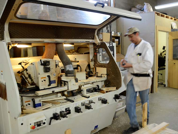 custom picture frames manufacturing wood milling
