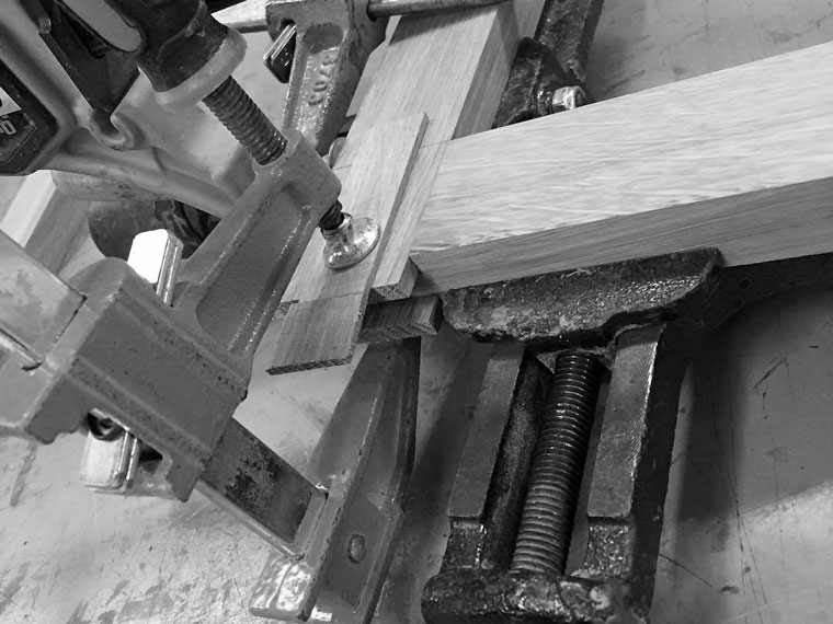 lap-joint-custom-arts-and-crafts-picture-frames