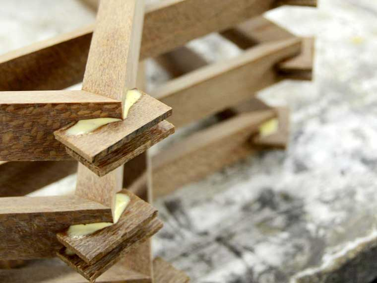 spline-stack-gluing-wood-picture-frame